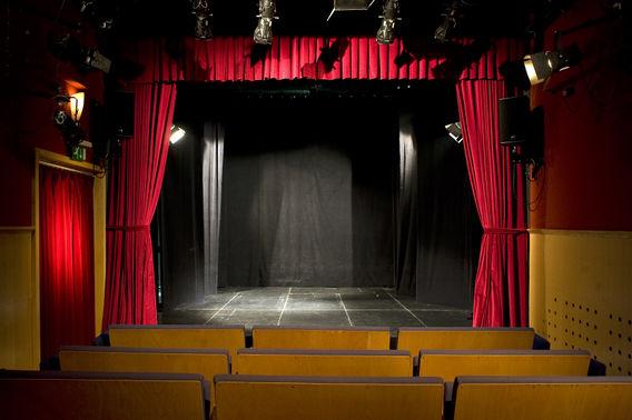 568px-Ljubljana_Puppet_Theatre_2010_Small_Hall_01